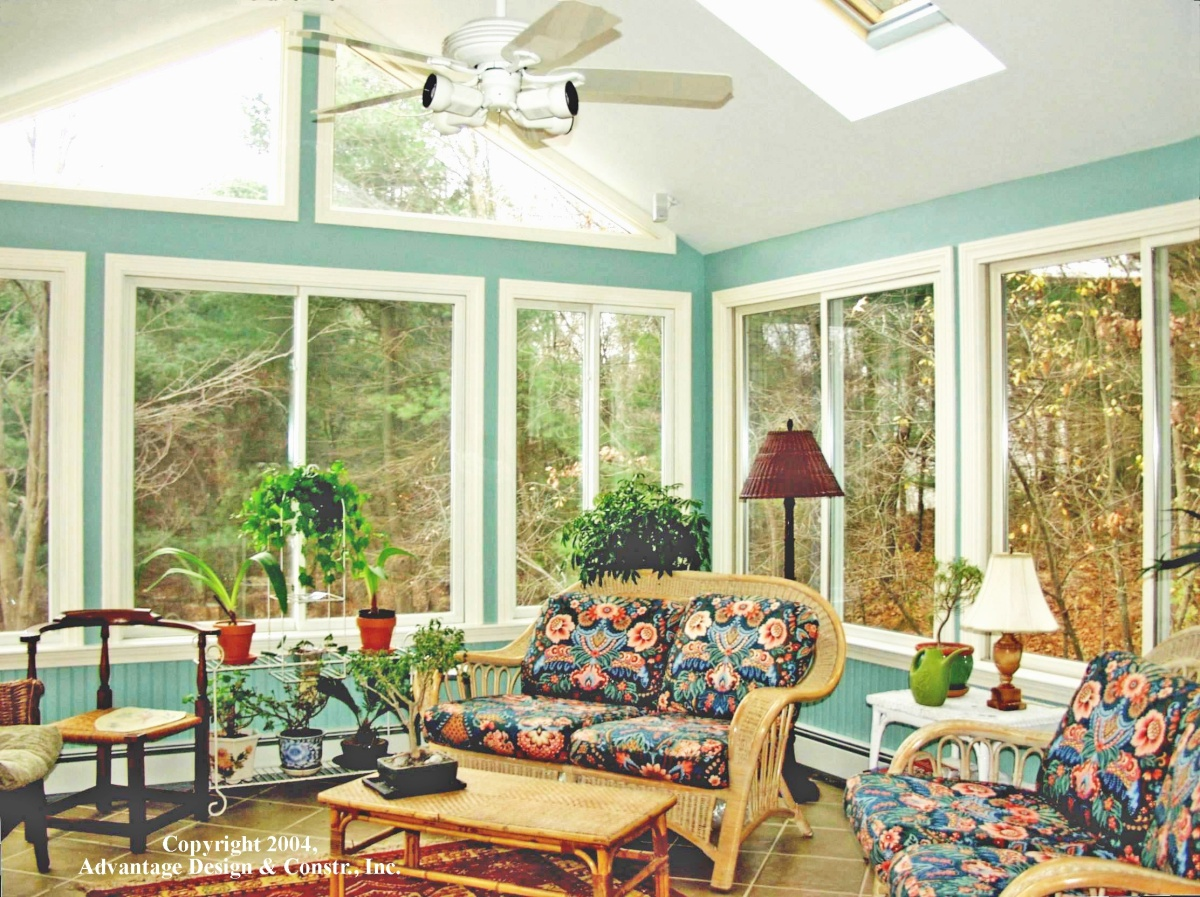 Factors that determine the cost of a sunroom suburban for Www porches com