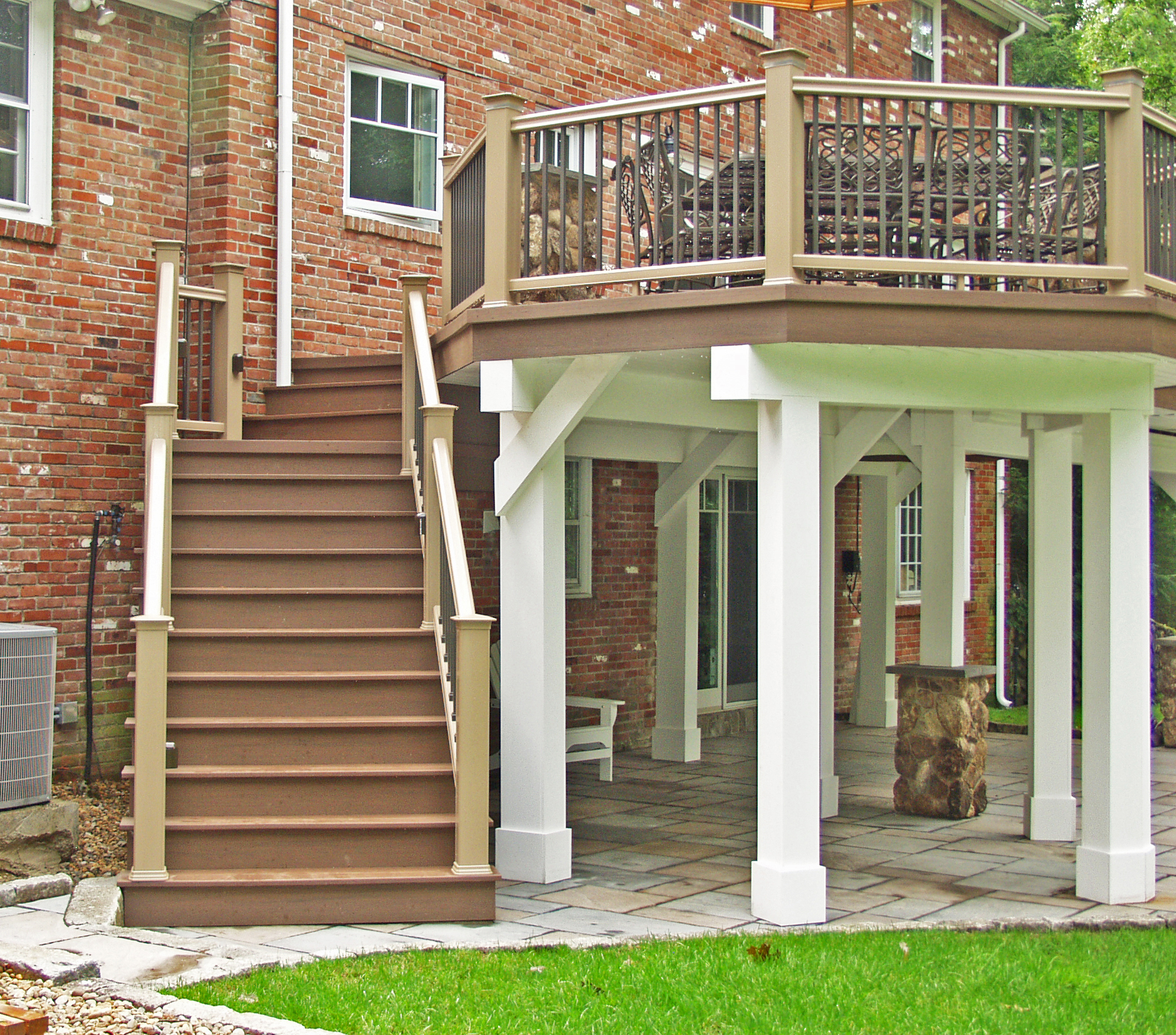 freestanding deck structure below